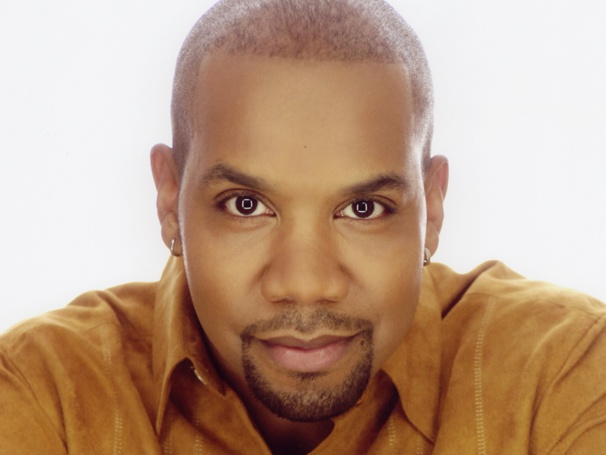 Darius de Haas Moves Like Jagger! The Singer On Dream Duets, His Family Musical Legacy and Taking the Stage at 54 Below