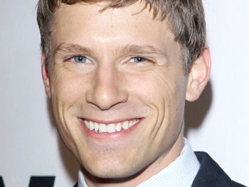Parenthood Star Matt Lauria & More Join Zosia Mamet in Off-Broadways Really Really