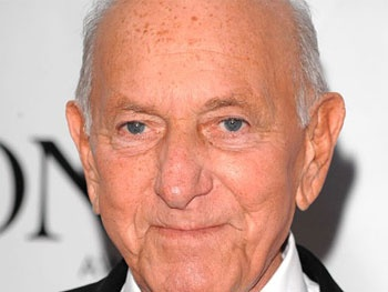 Broadway Theaters to Dim Lights in Honor of Jack Klugman and Charles Durning