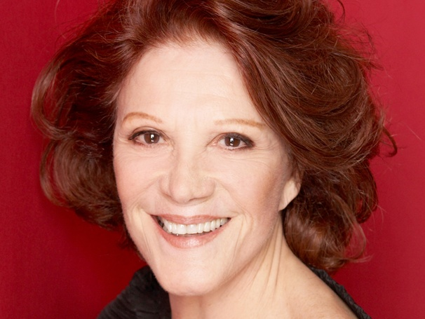 Linda Lavin & John Lloyd Young to Announce Drama Desk Award Nominations; New Date Announced