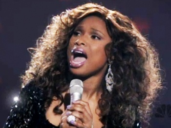 Watch Jennifer Hudson Belt Out the Brand New Smash Song 'I Can't Let Go'