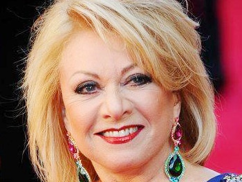 Elaine Paige to Play Town Hall During U.S. Concert Tour