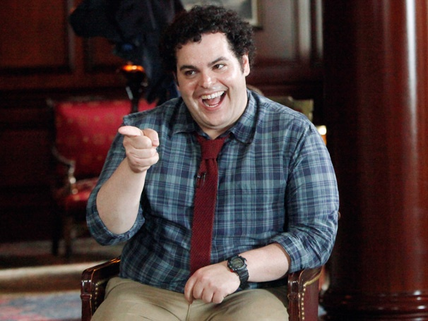 What's Up, Josh Gad? The 1600 Penn Star on Hanging Out With the Obama Daughters and the Genius of Ashton Kutcher