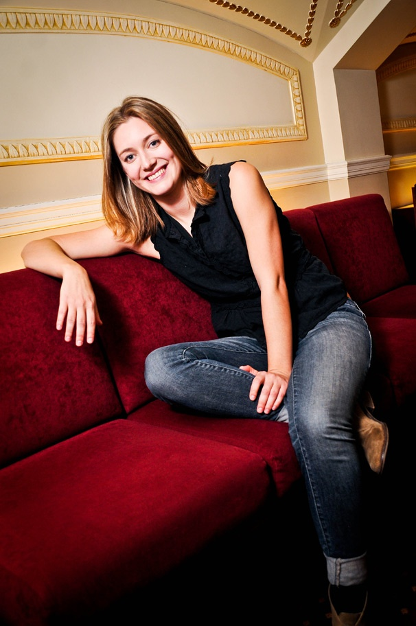 The Other Place's Zoe Perry on the 'Surreal' Joy of Co-Starring on Broadway With Her Mom, Laurie Metcalf