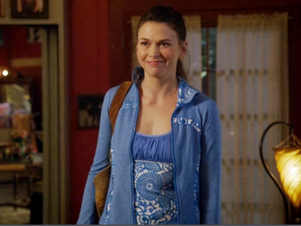 Barre Hopping: Sutton Foster Dishes Out Dating Advice on Bunheads