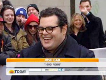 1600 Penn's Josh Gad Says Meeting President Obama Felt Like Being in Inception