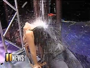 Watch Louisville News Anchor Recreate Flashdance's Splashy Stunt