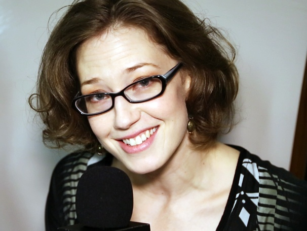 Whos Afraid of Virginia Woolf? Star Carrie Coon Leads a Boozy Backstage Tour
