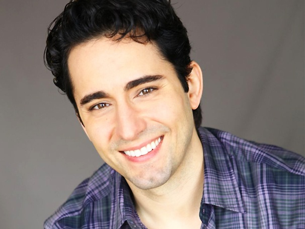 John Lloyd Young on Entertaining the Clintons, His Favorite Jersey Boys Song & His Cafe Carlyle Concert