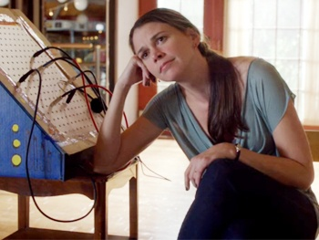 Sing Out, Sutton! Watch Tony Winner Sutton Foster Get Audition Envy on TV's Bunheads