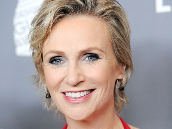 Glees Jane Lynch to Make Her Broadway Debut as Miss Hannigan in Annie 