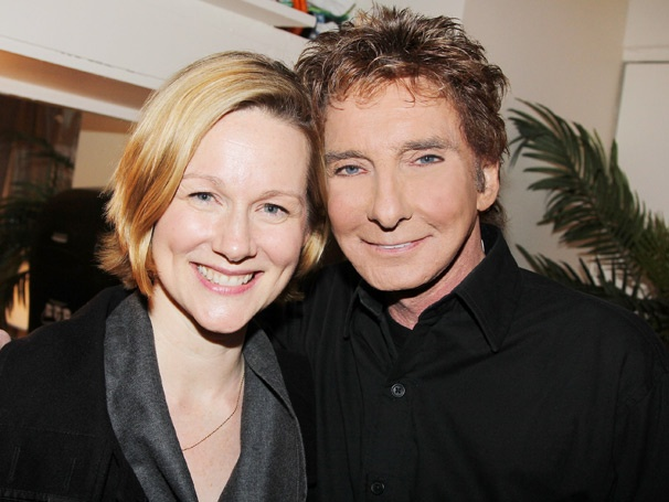 Stage and Screen Sweetheart Laura Linney Strikes a Pose with Barry Manilow on Broadway