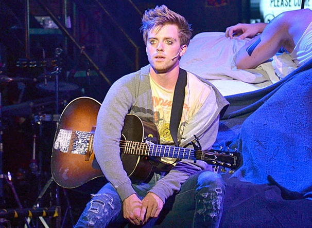Alex Nee Grows Up and Goes Through Therapy in American Idiot on Tour