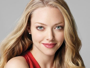 Amanda Seyfried as Glinda? The Les Miz Star Speaks Out About Her Broadway Dream to Lead Wicked