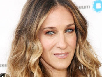 Sarah Jessica Parker and Blythe Danner in Talks to Star in Amanda Peet's The Commons of Pensacola