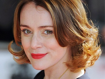 Keeley Hawes to Join Lee Evans in West End Gangster Comedy Barking in Essex