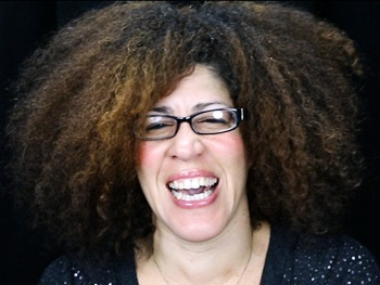 Rain Pryor on Growing Up with Her Comic Genius Father & Why Fried Chicken and Latkes Isn't Your 'Typical Solo Show'