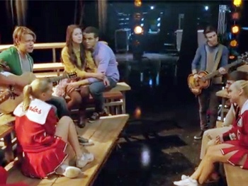 Watch Glee's Surprising and Sad 'Shooting Star' Episode