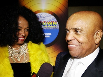 Watch Diana Ross and Berry Gordy React to Seeing Their Story on Stage in Motown: The Musical