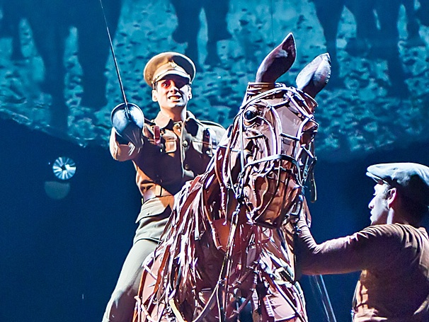 War Horse Tour Star Michael Wyatt Cox Gives Advice (Local Eateries, Yes! Chain Restaurants, No!) for Life on the Road
