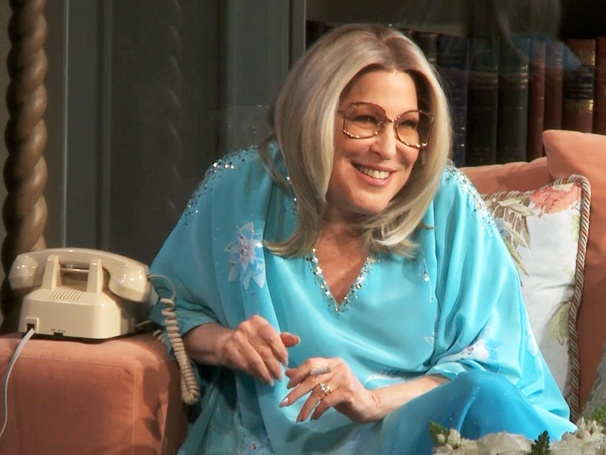 Bette on the Sofa! See Clips of Bette Midler Lounging on Broadway in I'll Eat You Last