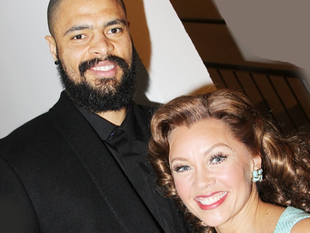 Vanessa Williams Welcomes Tyson Chandler, Mary Wilson & More Backstage at The Trip to Bountiful