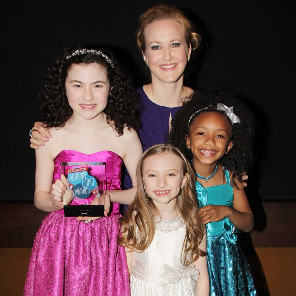Annie Stars Lilla Crawford & Katie Finneran Celebrate All of Their Fan Love After Audience Choice Award Win