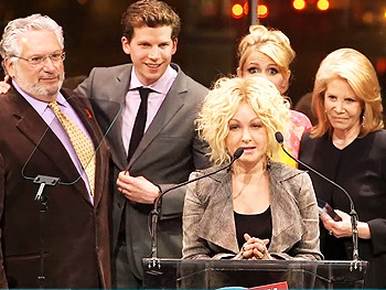 BACA 2013 Highlight: See Cyndi Lauper and the Kinky Boots Family Accept the Favorite Musical Trophy
