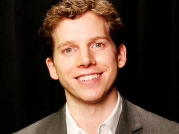 Which 'Incredible' Tony Nominee Makes Kinky Boots' Stark Sands Starstruck?