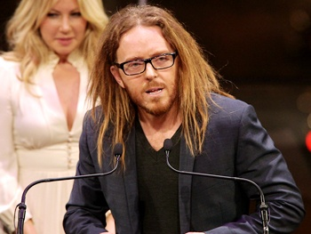 BACA 2013 Highlight: Matilda's Tim Minchin Says Round One Goes to Him in His 'Cage Fight with Cyndi Lauper' 
