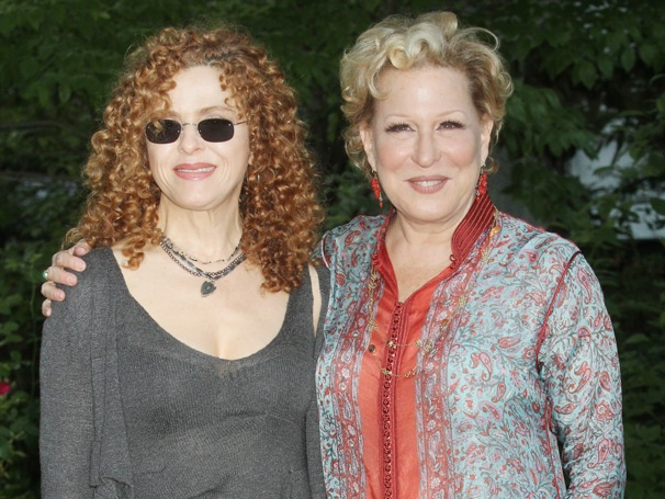 Simply Divine! I'll Eat You Last Star Bette Midler and Bernadette Peters Go Picnicking for Charity