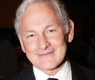 Present Laughter, Starring Victor Garber, Hits the American Airlines Theatre January 2