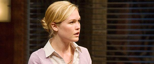 Oleanna Star Julia Stiles Gets Her Rage On