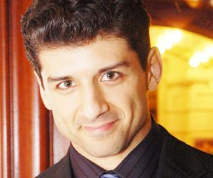 Tony Yazbeck of White Christmas Wants to 'Reach Out' in 2010