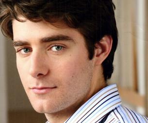 Drew Gehling of Jersey Boys Resolves to Pull His Sweet Tooth in 2010