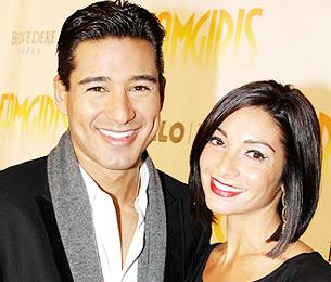 Mario Lopez and Former Chorus Line Co-Star Courtney Mazza to Welcome a Broadway Baby