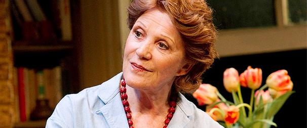 Collected Stories Star Linda Lavin on Her 50 Years Onstage and Her Real-Life Love Story