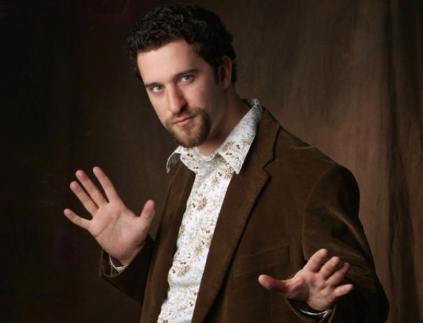 Dustin Diamond Extends His Run in The Awesome 80s Prom