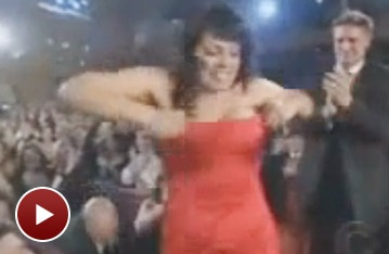 Flashback! Sara Ramirez Gives the Girls a Hoist at the Tonys