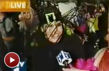 Broadway Halloween Flashback! Idina Menzel Gets Wicked at the New York City Halloween Parade