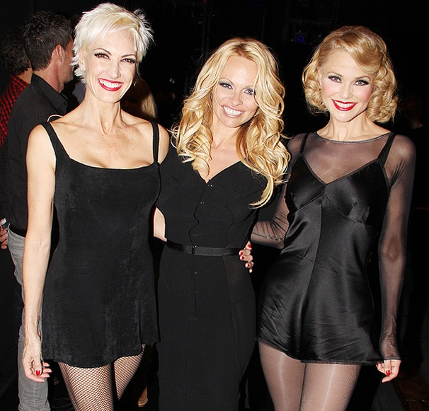 Pamela Anderson Brings Some Sizzle on a Visit to Christie Brinkley at Chicago