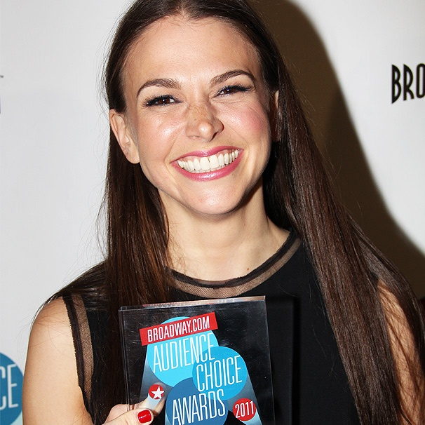Audience Choice Winner Sutton Foster Channels Reno Sweeney to Let Fans Know: 'Im Nothing Without You'
