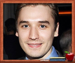 Sing Out, Seth! Dorky War Horse Star Seth Numrich on His Singular School Experience 
