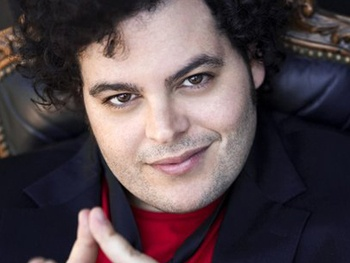 Book of Mormon Star Josh Gad Will Star in Animated Me & My Shadow