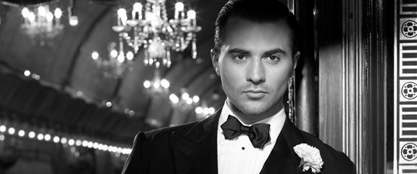 Darius Campbell Joins America Ferrera in the West End's Chicago