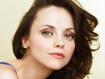Christina Ricci to Join Bebe Neuwirth in A Midsummer Night's Dream Off-Broadway