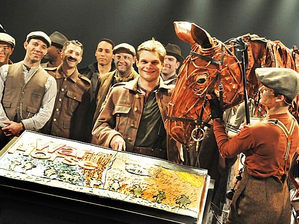 Lincoln Center Theaters Tony-Winning War Horse Celebrates One Year on Broadway 