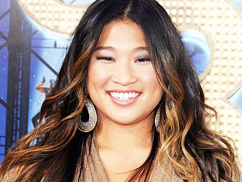 Glee's Jenna Ushkowitz to Pen New Motivational Book Choosing Glee