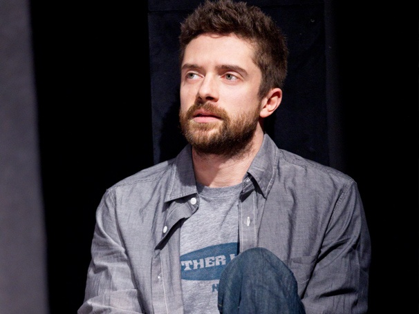 Lonely, I'm Not Star Topher Grace on Keeping Up With His '70s Show Pals & Learning Theater Lingo