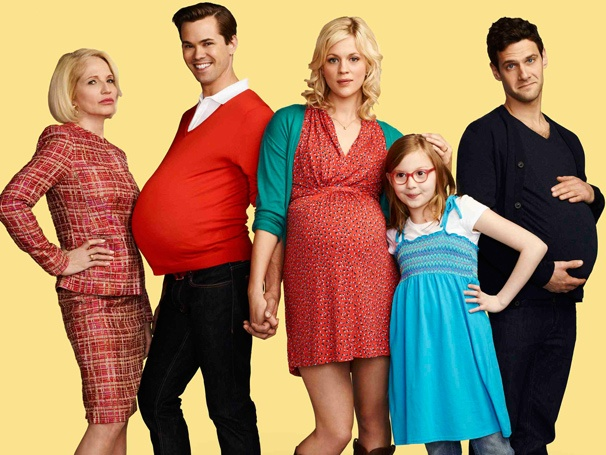 Photo Preview of Andrew Rannells, Justin Bartha, Ellen Barkin & More in The New Normal